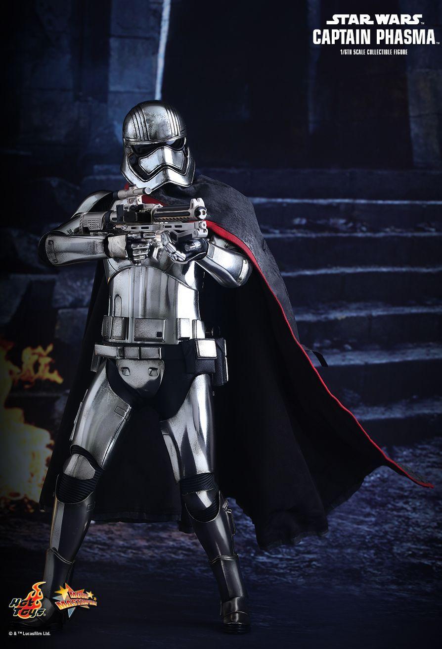 Christie Captain Phasma Star Wars The Last Jedi Lifesize Cardboard Cutout