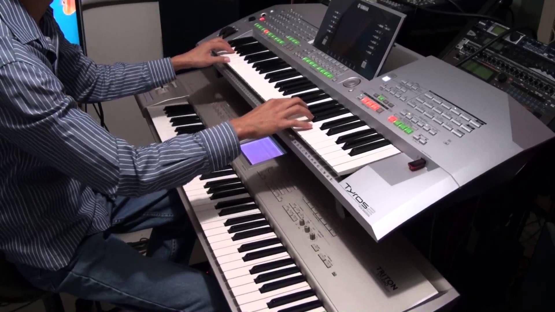 Besame Mucho - Yamaha Tyros 2 and Korg Triton Studio | PIANO