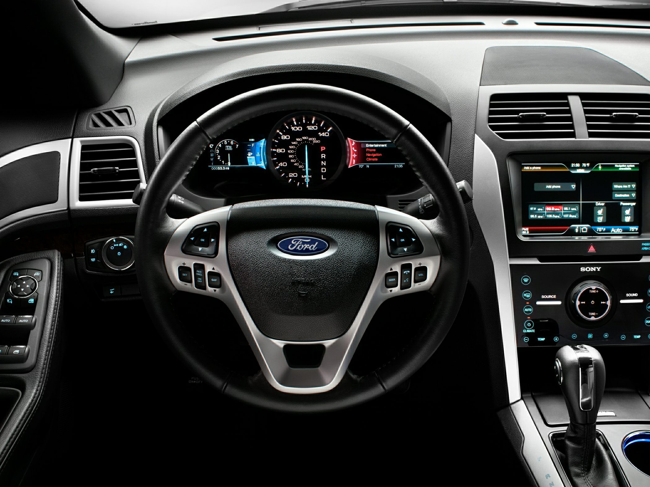 interior of ford explorer 2014 - Ford Explorer Black 2015