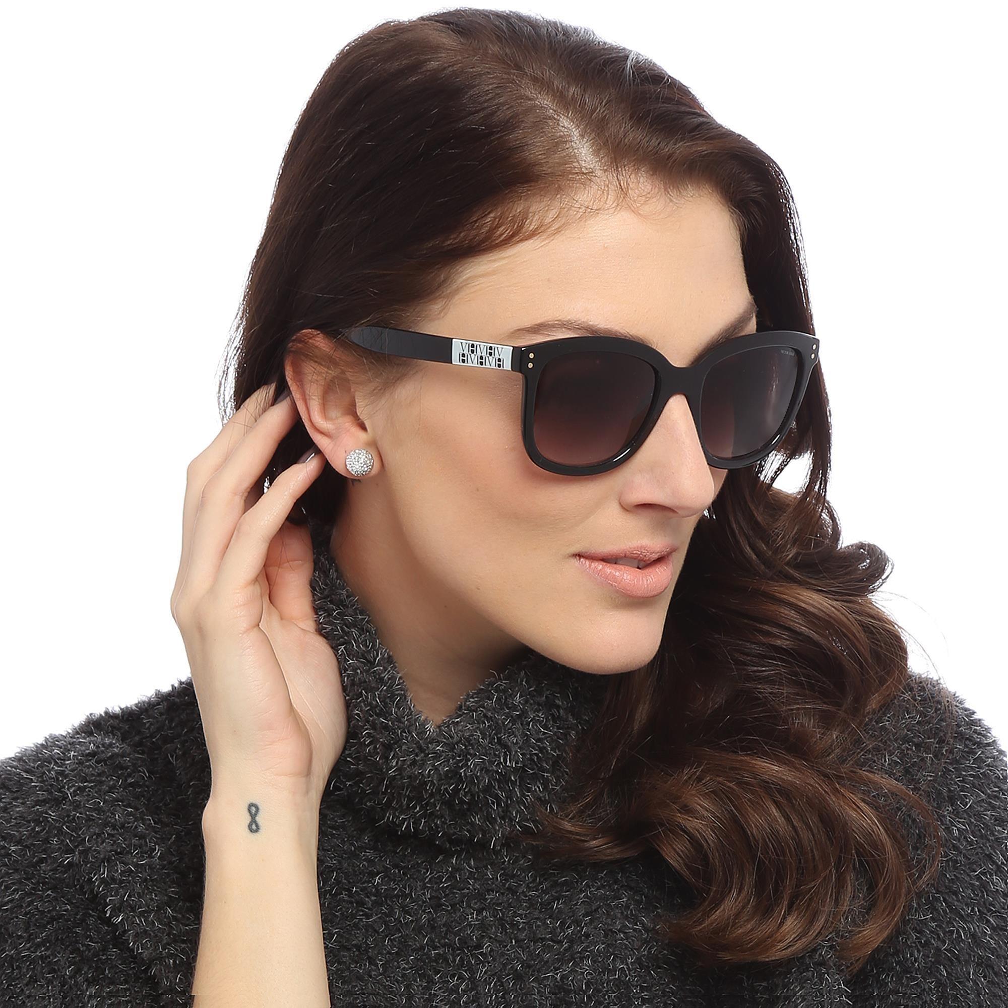 21fd421c1 Óculos De Sol Quadrado Preto & Fumê | VICTOR HUGO | ÓCULOS ...
