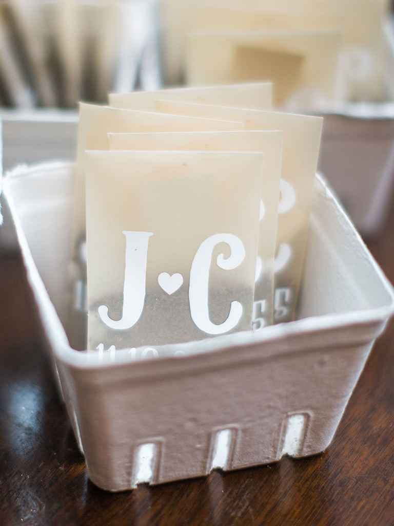 The Best Wedding Favor Ideas for Each Season | Favors, Weddings and ...