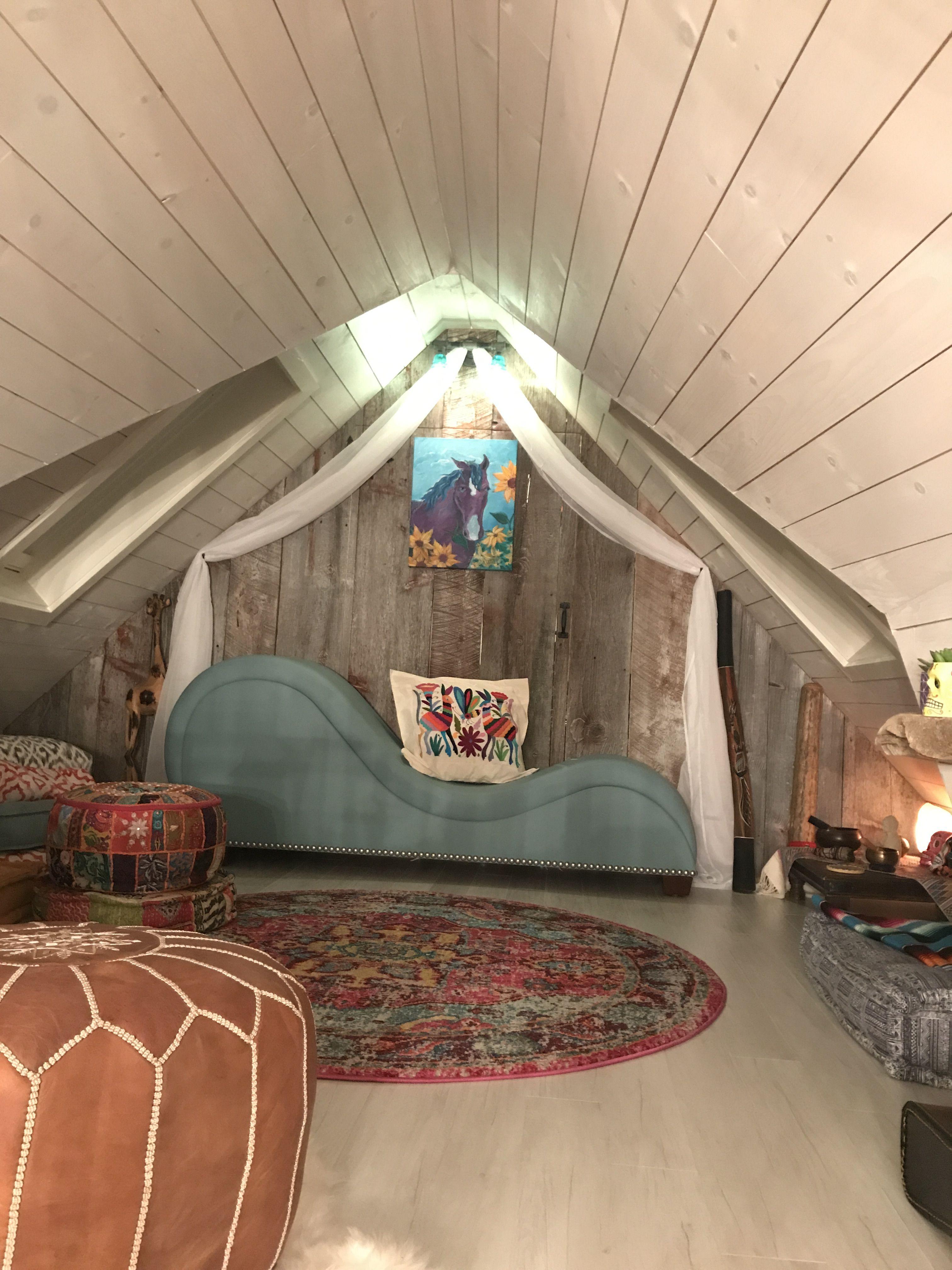 Attic loft/meditation space/artist attic & Attic loft/meditation space/artist attic | Attic Loft | Pinterest ...