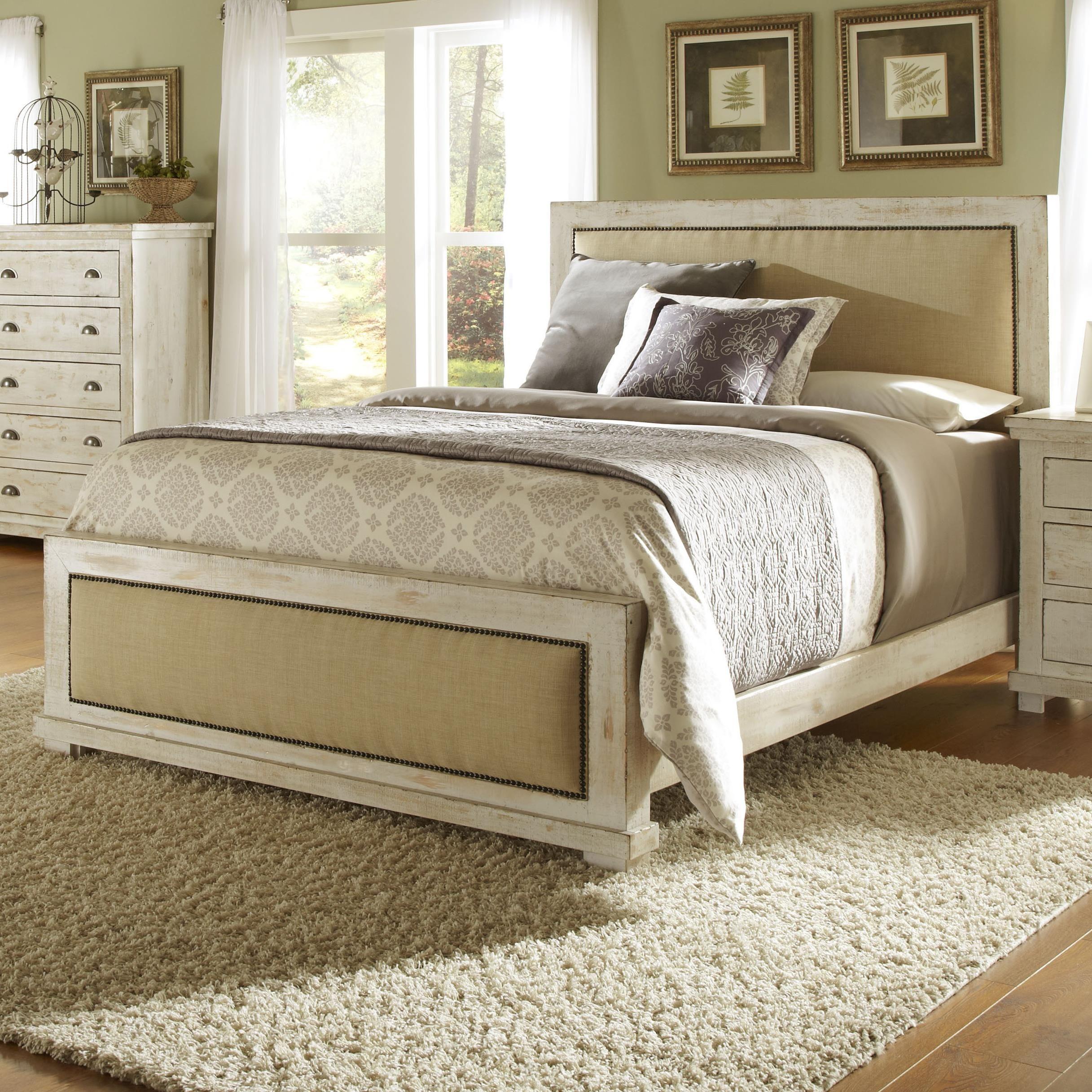 Demarlos B693 By Signature Design By Ashley Ivan Smith Furniture Signature Design By Ashley Demarlo Bedroom Furniture Sets Bedroom Sets Queen Bedroom Set