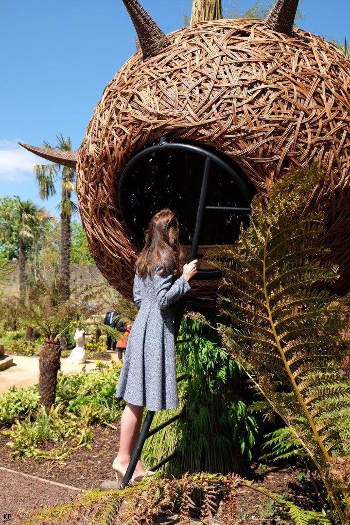 Duchess Kate: Kate Repeats Michael Kors Coat for Magic Garden Opening