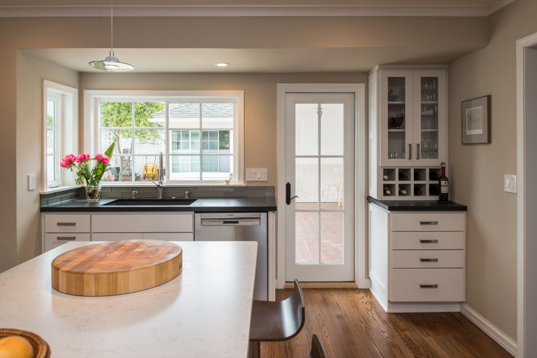In the kitchen, StarMark Cabinetry's Farmington door style in ...