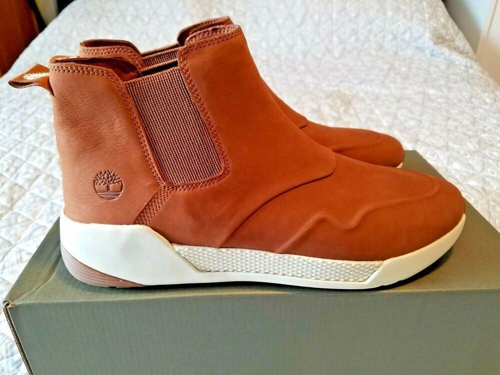 Chelsea boots, Timberland boots