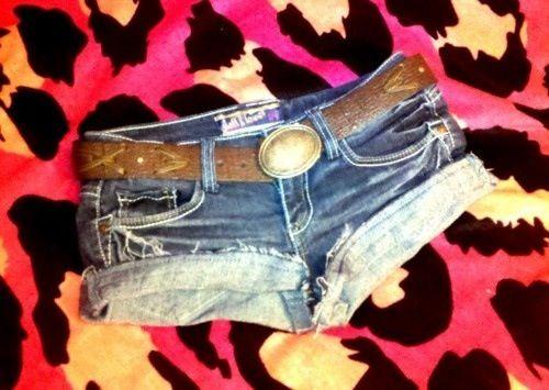 I want those shorts so badly! | Fashion | Pinterest