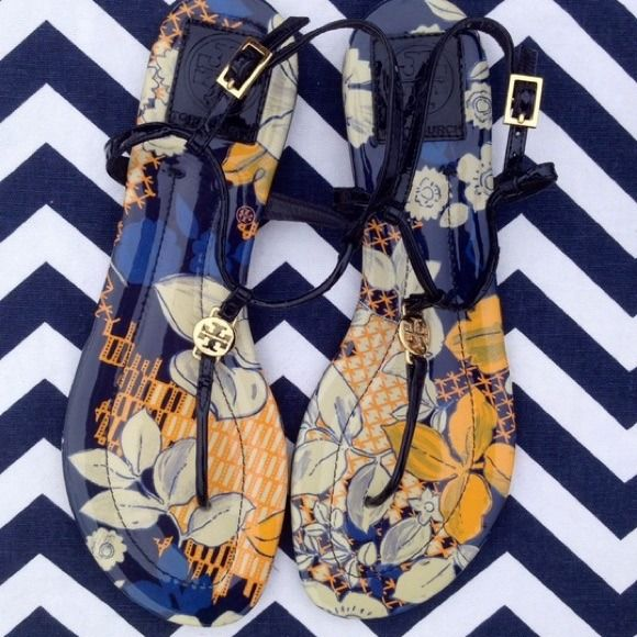 Tory Burch Navy Navy Patterned Sandal NEW without Box/ no trades/ no PayPal/ size 8.5/ worn to try on only/ last pic is same style different pattern Tory Burch Shoes
