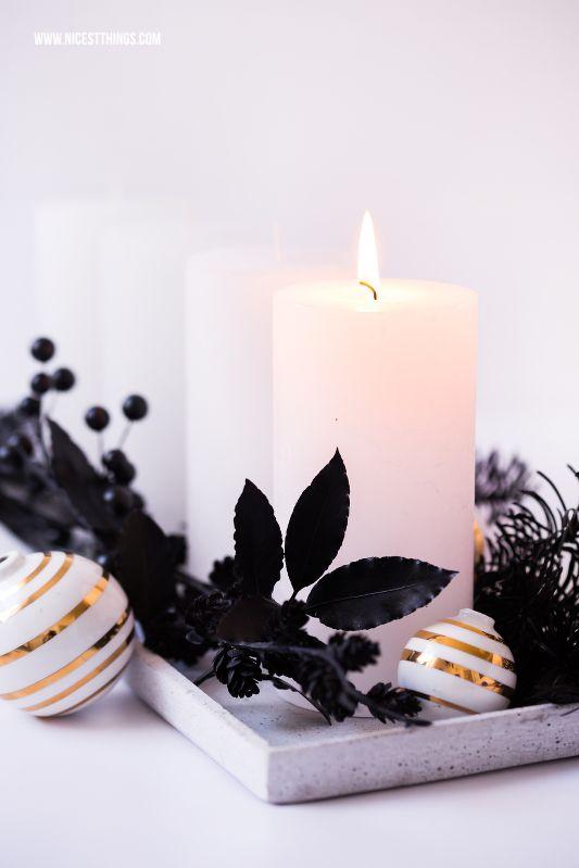 moderner adventskranz europ ische weihnachtstraditionen. Black Bedroom Furniture Sets. Home Design Ideas