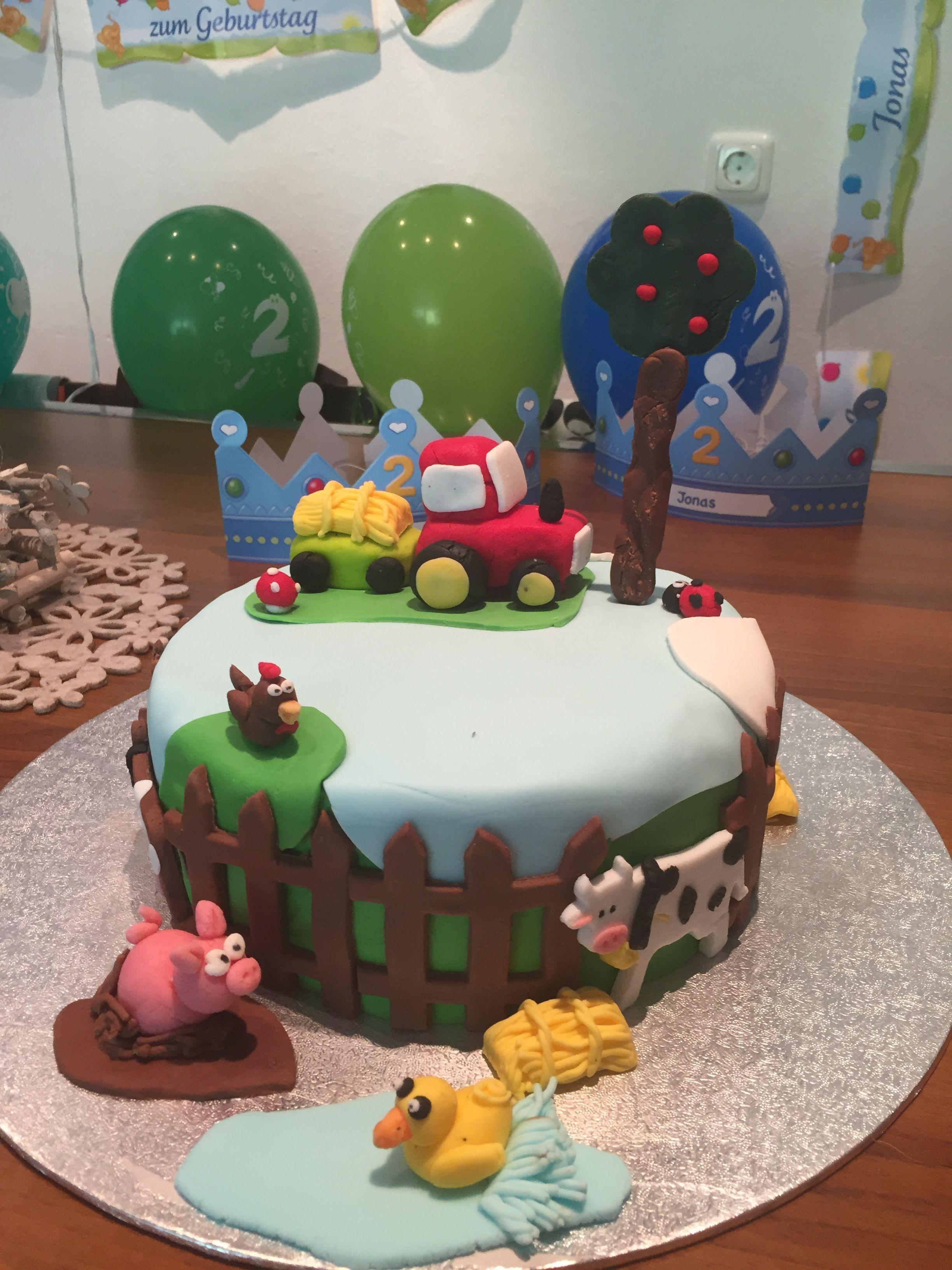 Pin Von Larissa Gering Auf Torte Tortendeko Bauernhoftorte Traktor Torte