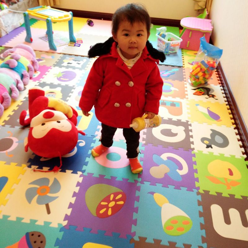 enfants de doux eva puzzle tapis de jeu pour b b tapis. Black Bedroom Furniture Sets. Home Design Ideas