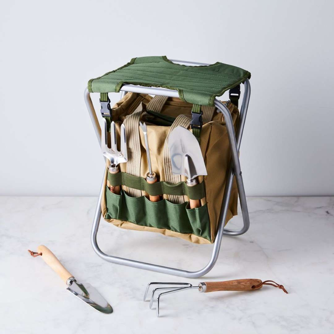 da7fcdfca819d2a8a09ee6722ea35630 - Picnic Time Gardener Folding Chair With Tools