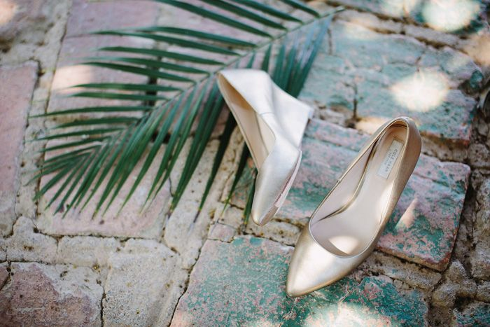 gold wedding shoes for a destination wedding In Mexico | fabmood.com