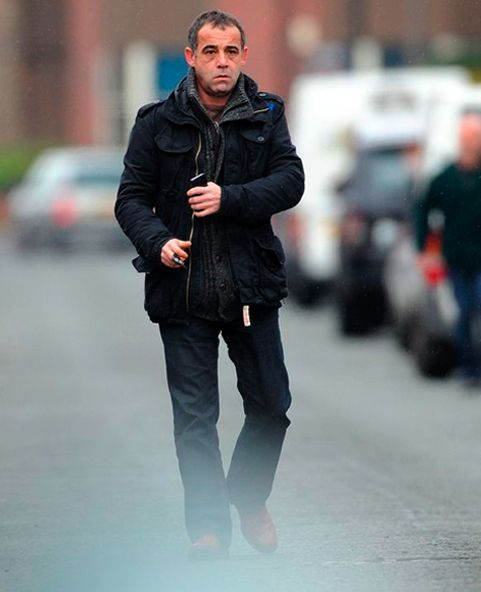DEPRESSING NEWS:   By now we all know that Michael Le Vell aka Coronation Street's Kevin Webster, is the celebrated asshole (for exhibits A and Bclick here and here) due in court tomorrow morning to face 19 charges of showing off his sex parts to an underage member of the public....more