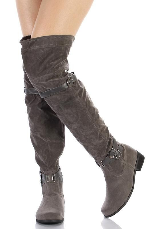 4e2784fd8b1f4 Botas Bucaneras en color gris de gamuza   Botas y zapatos ✳   Boots ...