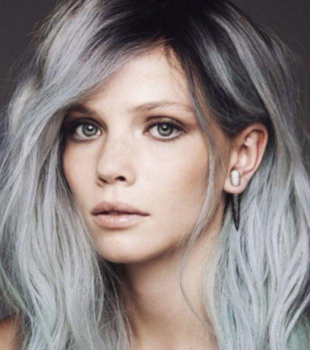 Couleur cheveux gris bleute