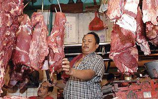 Jelang Idul Adha, Harga Daging Sapi di Tomohon Turun - TELEGRAF NEWS