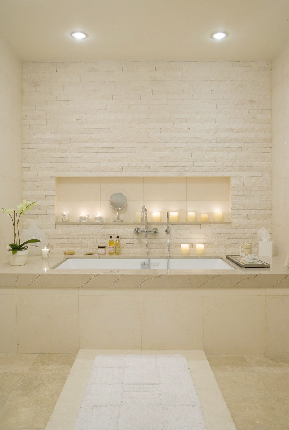 We Love The Modern Bathroom And The Spa Feeling In This Place Spa Style Bathroom Bathroom Remodel Shower Bathroom Photos
