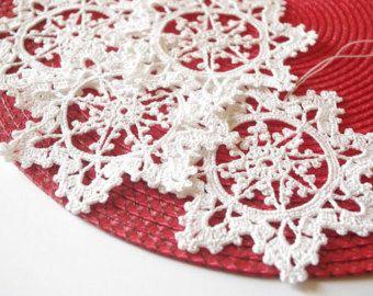 Ornement de pendaison de flocon de neige hiver décorations au Crochet ornements blanc du crochet crochet snowflakes ornements faits à la main                                                                                                                                                                                 Plus