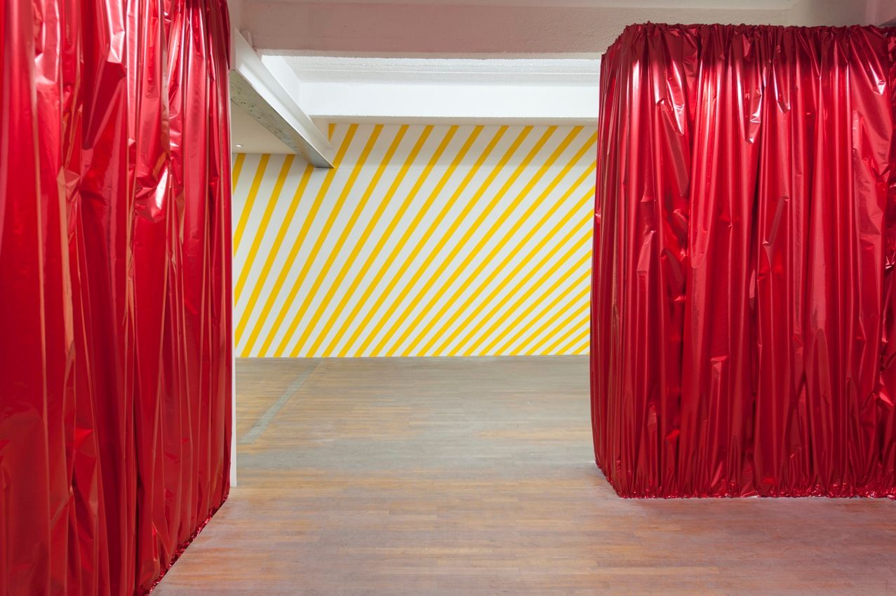 foil door curtains - Google Search | Gatsby WALL DECOR | Pinterest ...