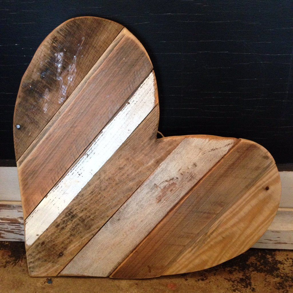 Large natural pallet heart {reclaimed wood} | Wooden ...