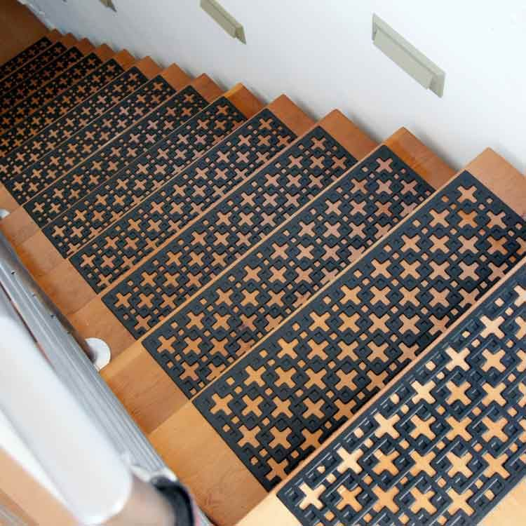 Stars Rubber Stair Treads Offer You Non Slip Protection Even When Wet And  Work For Indoor Or Outdoor Use.