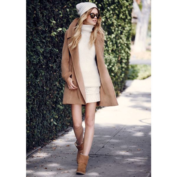 367df090cd Perfect for LA  winter  pair a mini with a thigh-grazing camel coat and short  Uggs