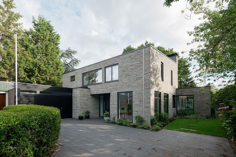 baksteen gevel | Grijs groen | langformaat infinitum | JADE architecten
