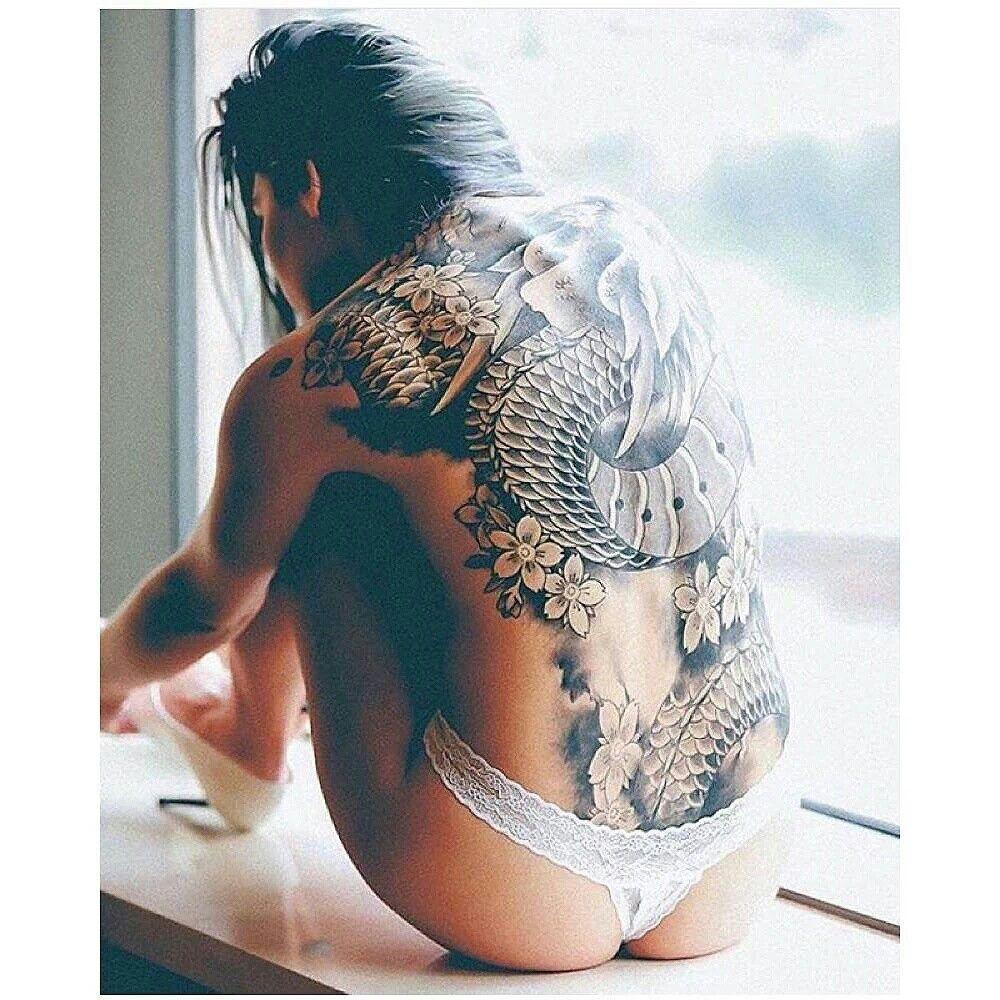 Sexy tattoo starts