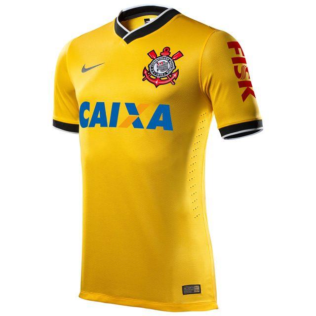 Camisa amarela do Corinthians 2014 Nike A Nike apresentou a nova camisa  amarela do Corinthians 2014 que faz homenagem a Copa do Mundo no Brasil  este ano. 4741a5eefd54b