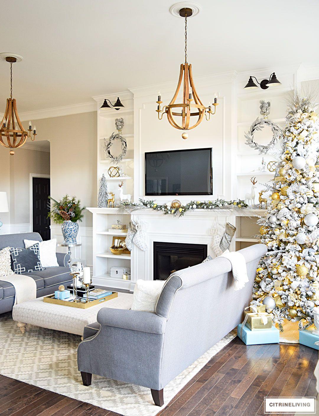 Living Room Showcase Design: Christmas Decor Inspiration