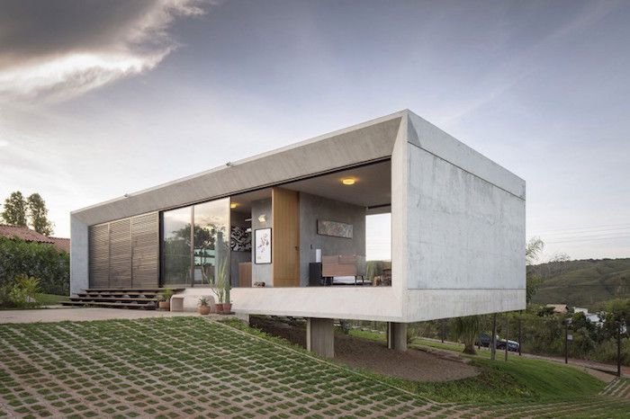 A Minimal Concrete House Offering Stunning Views From Both Sides Concrete Houses Concrete House Architecture
