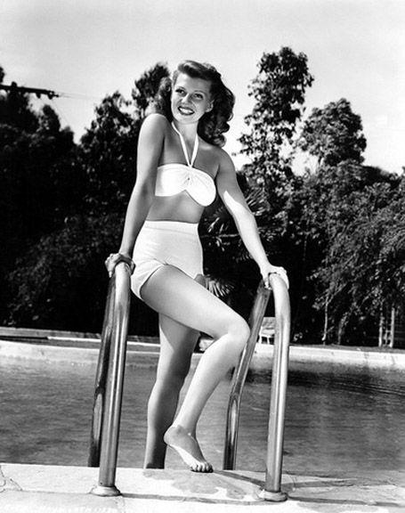 Classic bikini style of Rita Hayworth