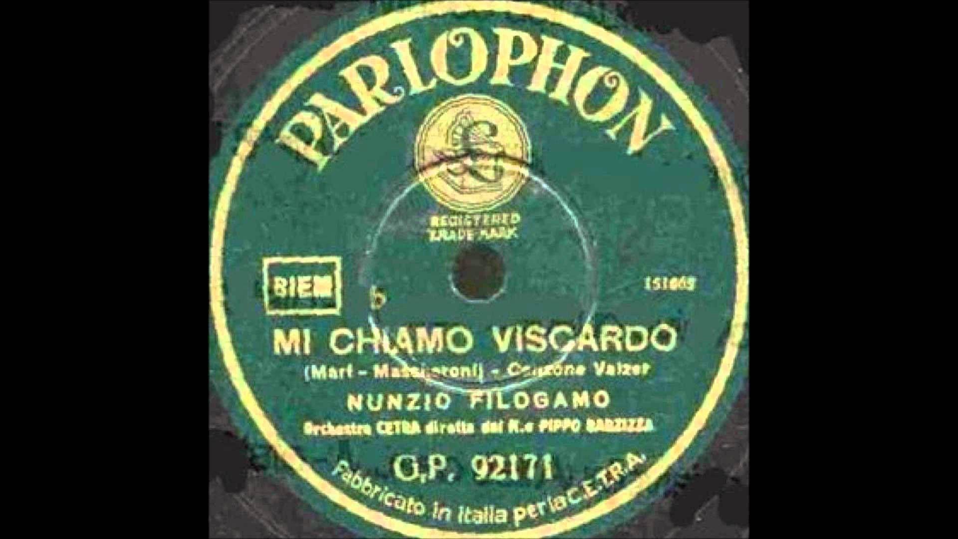 """Popular radio presenter Nunzio Filogamo sings cabaret song """"Mi chiamo Viscardo"""" [My Name is Viscardo], with conductor Pippo Barzizza and Orchestra Cetra (1937)."""
