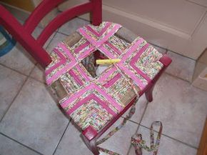 Rempaillage Ou Rentissage La Boite De Biscotte Rempaillage Chaise Chaise Tissu Chaise Paille