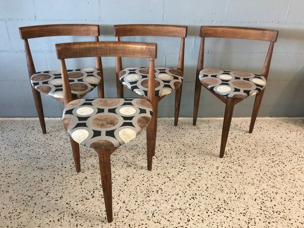 Set Of Mid Century Modern Holabird Furniture Three Leg Dining