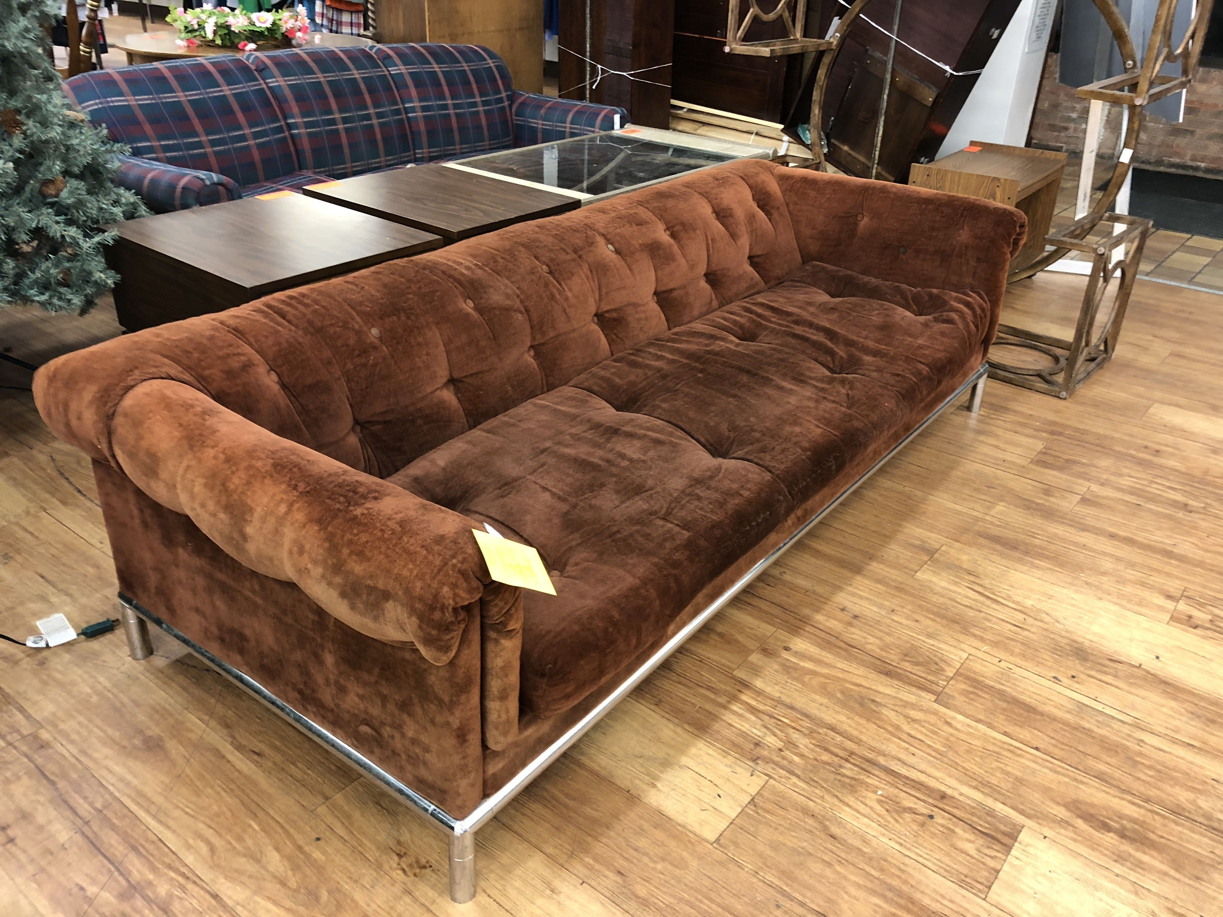 Vintage Chesterfield Lounge Sofa