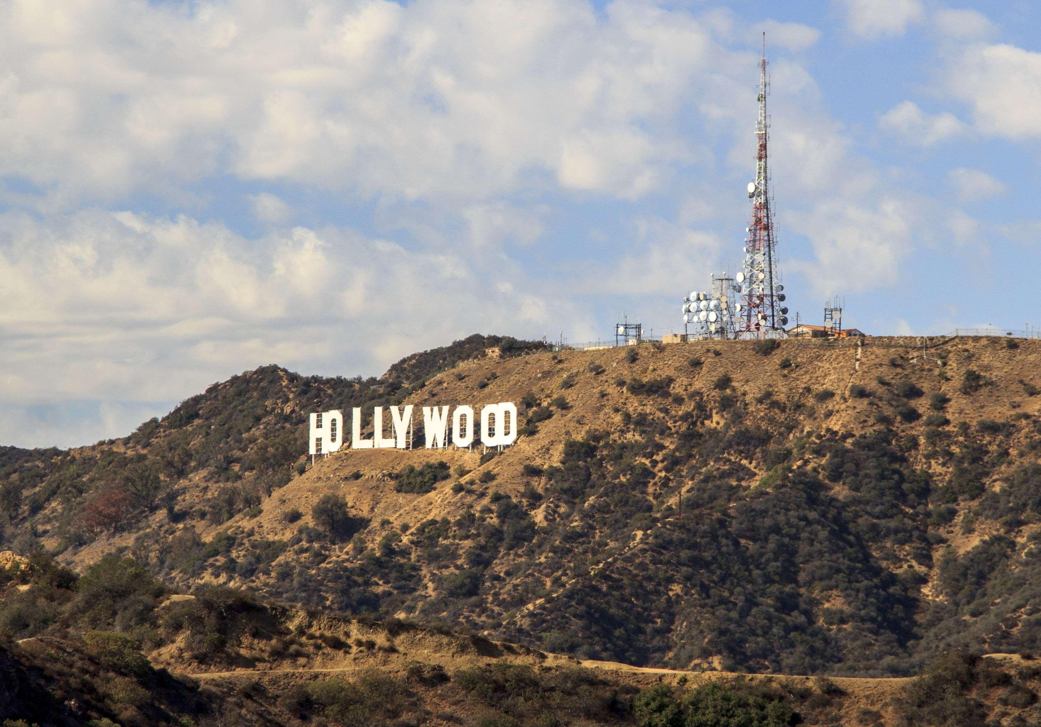 Fantastic Wallpaper Mountain Hollywood - da866a3d9f2c1d8aa7e8753e8e15d7fc  2018_58713.jpg