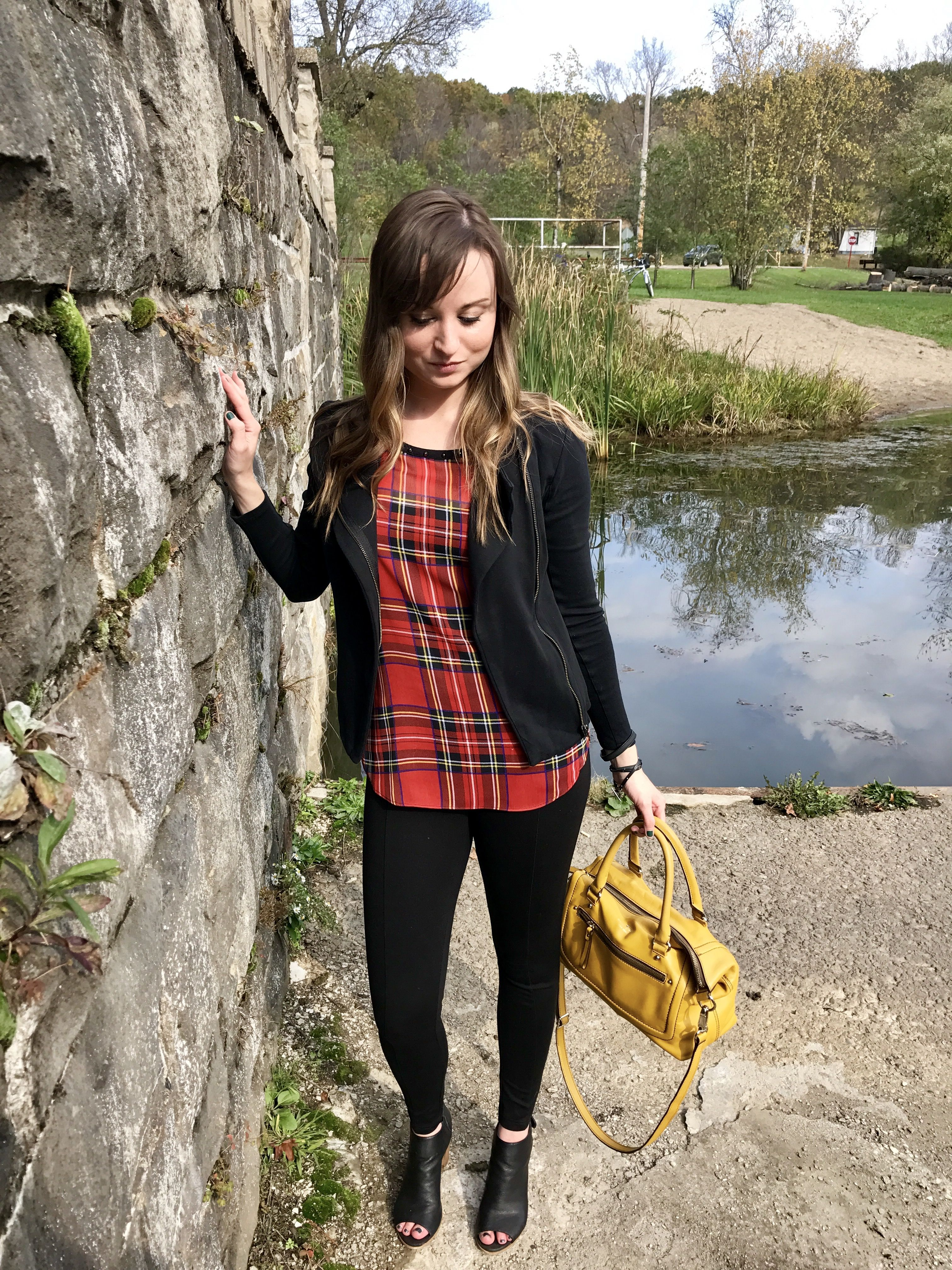Beauties in the Burgh - a perfectly plaid outfit for Fall!