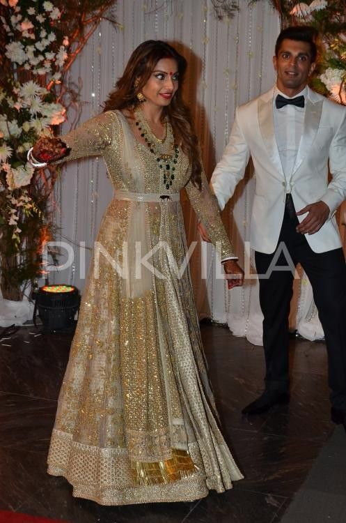 Bipasha Basu Wedding Reception Dress Famous Dress