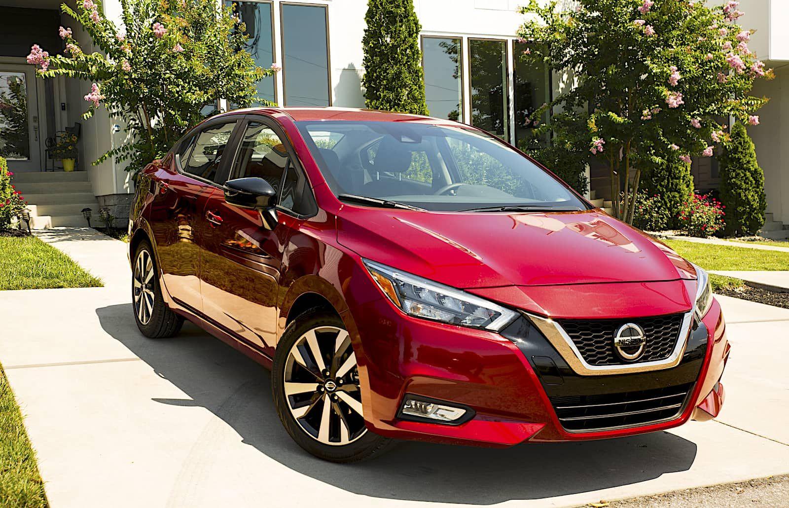 Nissan Versa 2020 En Colombia Precios Versiones Y Equipamiento Nissan Auto Hyundai Autos Toyota