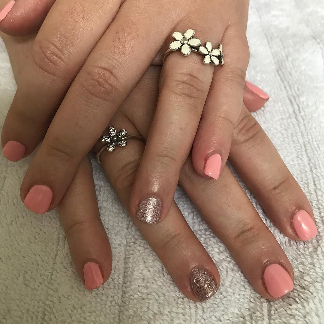 Pandora is a girl's best friend  Hand model: @alcawthorne  Colors used: BSG Fate & BSG Champagne    #nails #nailedit #niagarafalls #naileditniagarafalls #girlythings #summer #igdaily #instagood #nofilter #pandora #flower #pinknails #summervibes #goodvibes #positivevibes #goodmorning #loveyourself #work #happy #love #nailquotes #ilovebioseaweedgel #bioseaweedgel #beauty #skincare