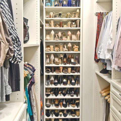 Pin By Tami Flynn On Closets Simple Closet Closet Shoe Storage