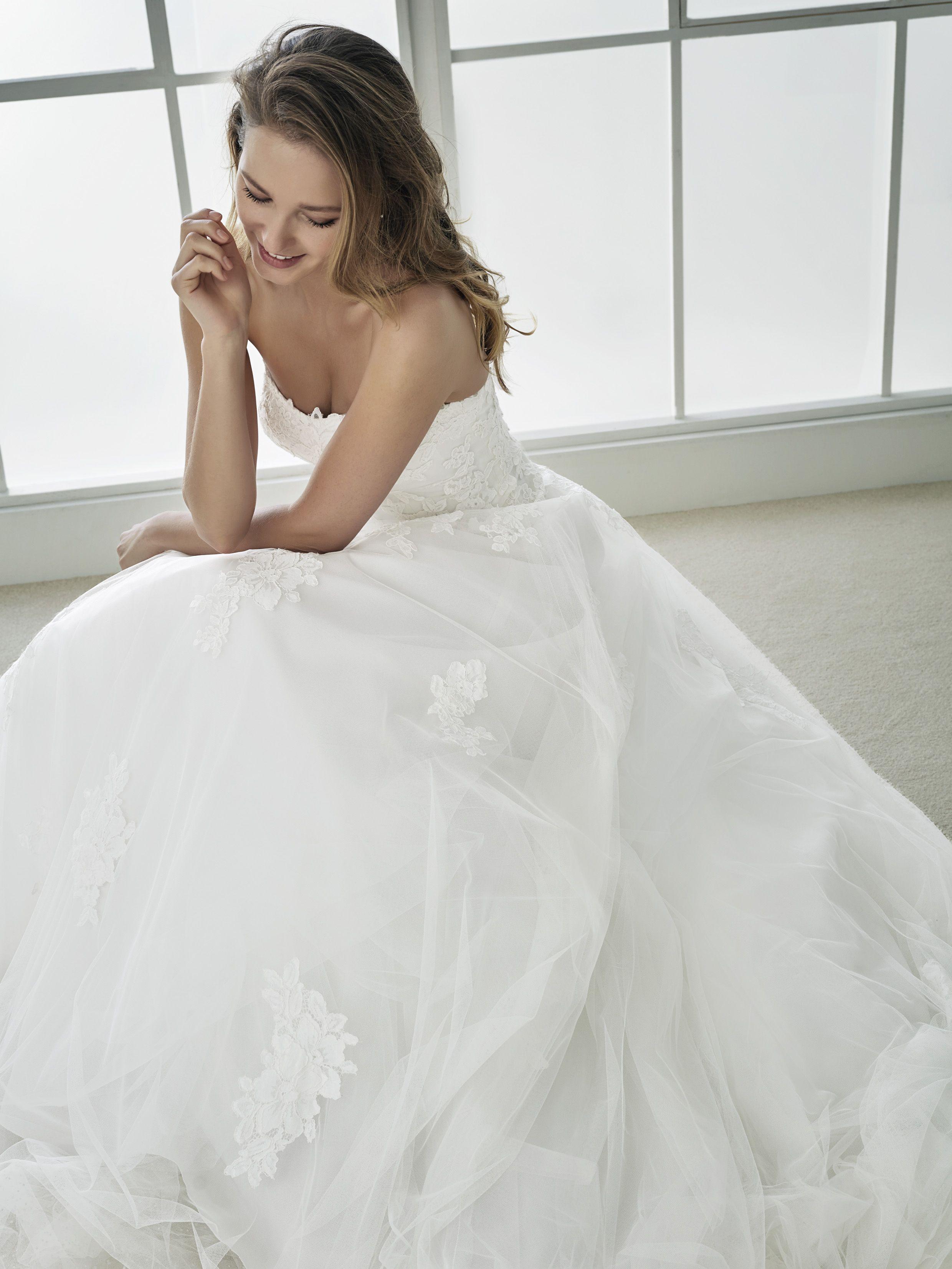 White one | Pronovias wedding dresses, Wedding dress and Weddings