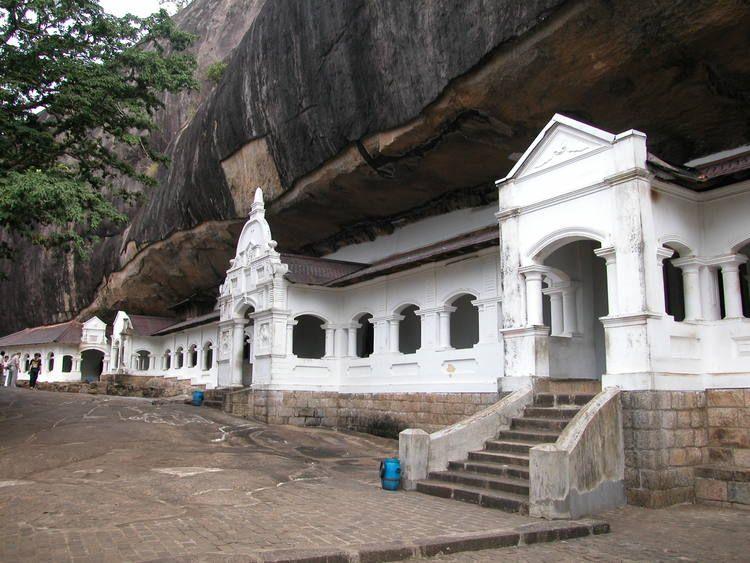 Golden Temple Of Dambulla World Heritage Sites Golden Temple