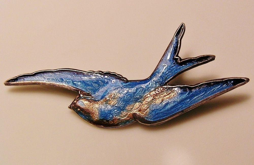 VINTAGE ANTIQUE CIRCA 1920s 1930s BLUEBIRD BROOCH - SILVER ENAMEL