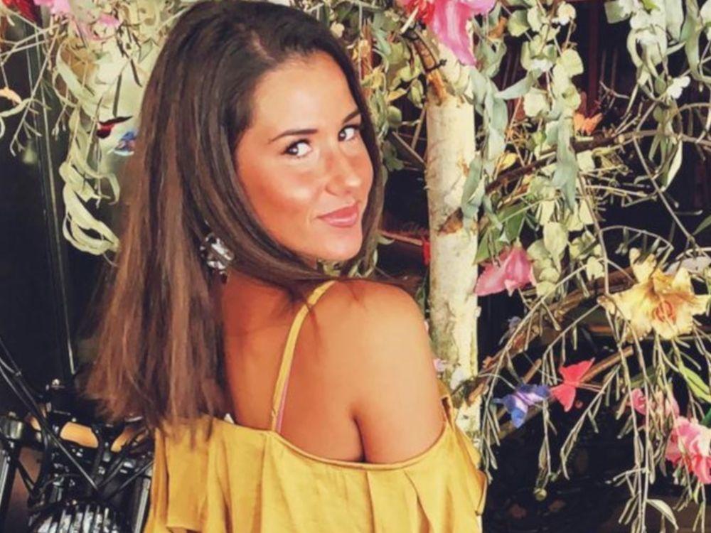 Sarah Lombardi Hat Einen Neuen Job Neben Dieter Bohlen Trend Magazin Haarlange Sarah Lombardi Germanys Next Topmodel