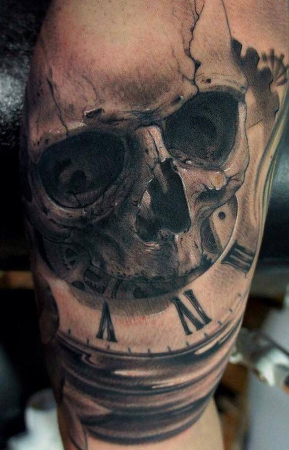 Skull And Clock Tattoo Tattoos Pinterest Tattoos Shoulder
