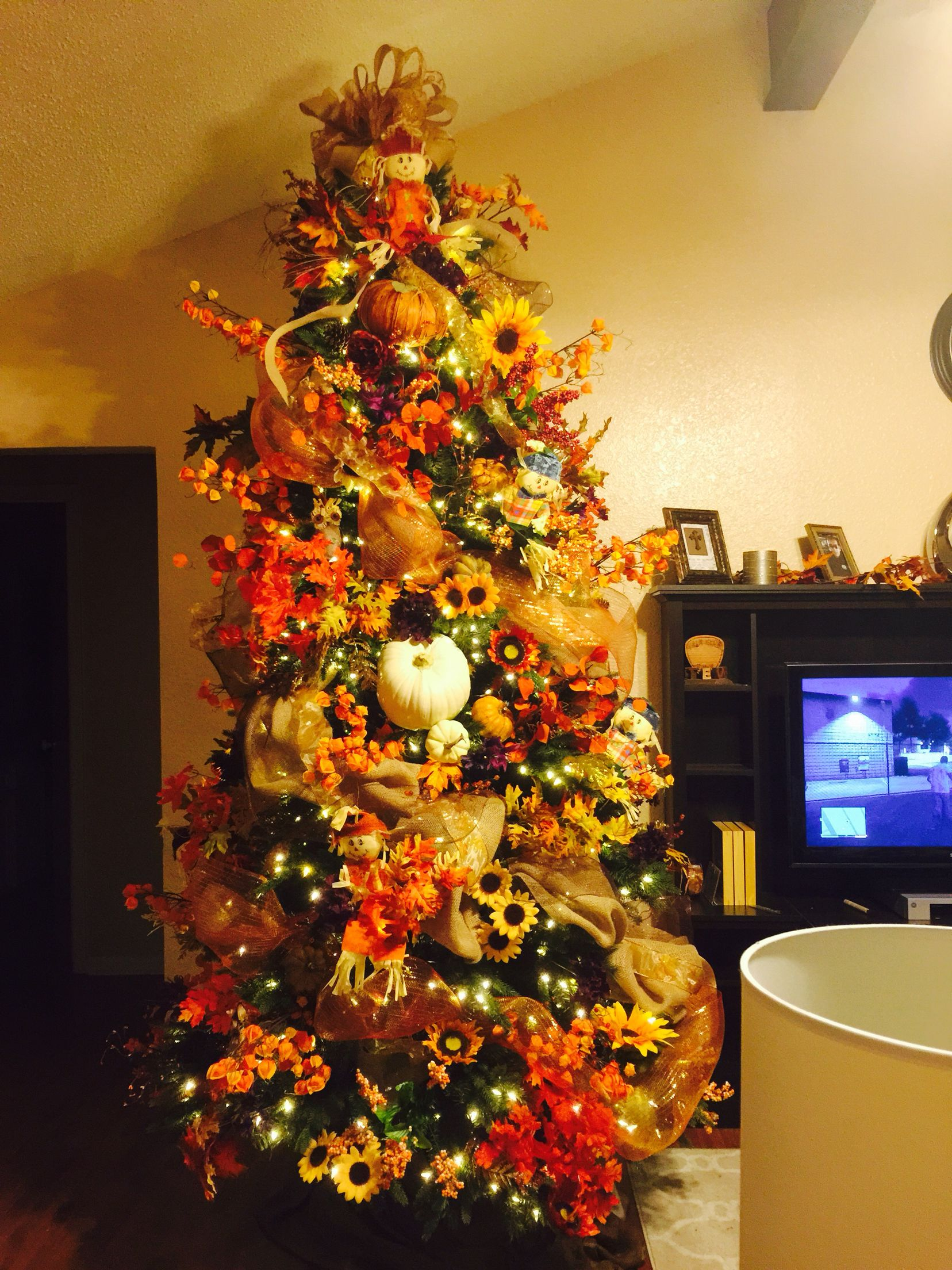 My Fall tree fully decorated Fall thanksgiving decor