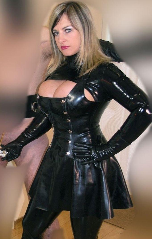 in dominatrix latex wife